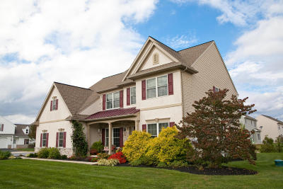 Ephrata Single Family Home For Sale: 81 Bloomfield Drive