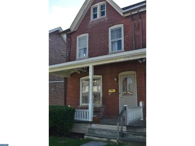 New Holland Condo/Townhouse For Sale: 336 E Jackson Street