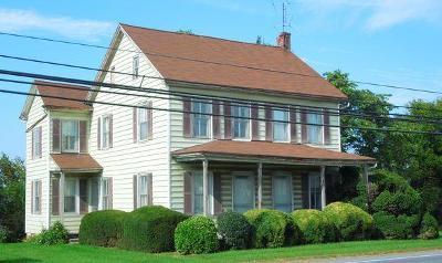 New Holland Farm For Sale: 865 E Main Street