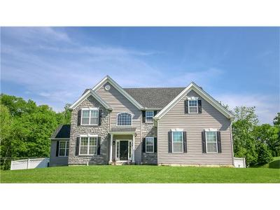 Easton Single Family Home Available: 2 Creek Court