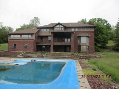 Single Family Home Available: 5 Walking Purchase Circle
