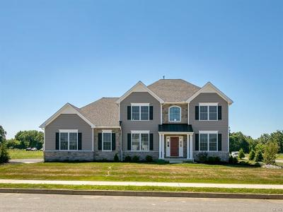 Single Family Home Available: 6845 Lilac Drive #33