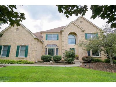 Lehigh County Single Family Home Available: 2717 Kingsbridge Lane