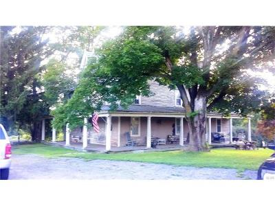 Single Family Home Available: 1868 East Blakeslee Boulevard