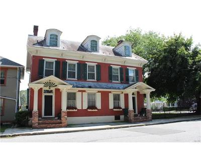 Single Family Home Available: 211 Park Street