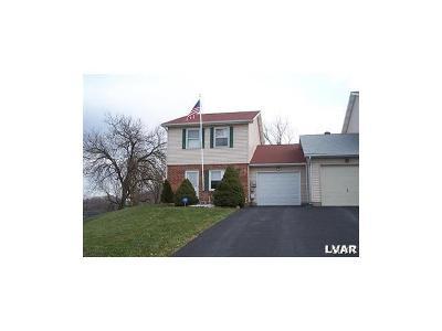 Easton PA Single Family Home Available: $1,450