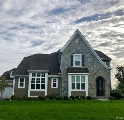 Single Family Home Available: 2643 Hollow View Drive