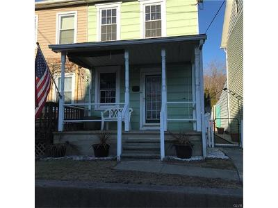 Single Family Home Available: 1121 Front Street