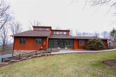 Single Family Home Available: 3587 Oak Ridge Drive