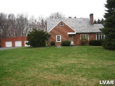 Single Family Home Available: 4053 Oakland Road