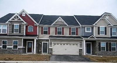 Single Family Home Available: 4748 Dealtrey Drive