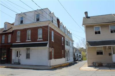 Multi Family Home Available: 146 Front Street