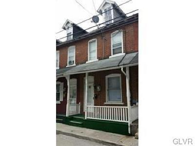 Multi Family Home Available: 324 North Fountain Street