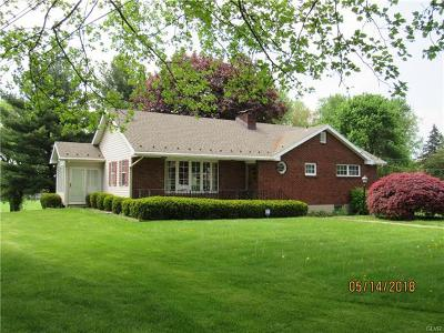 Single Family Home Available: 1440 Stones Crossing Road