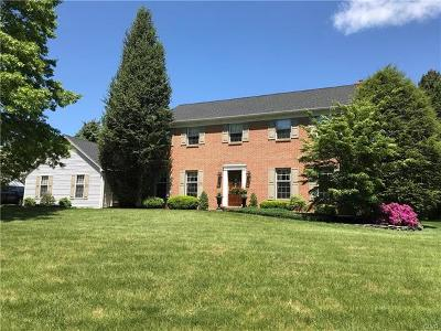 Single Family Home Available: 5233 Timber Lane