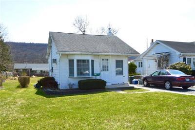 Single Family Home Available: 934 East Paoli Street