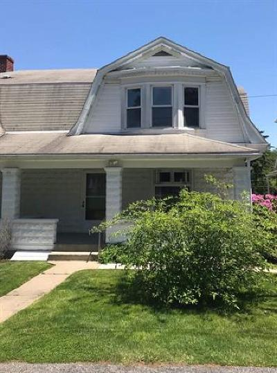 Single Family Home Available: 3809 Cannon Avenue