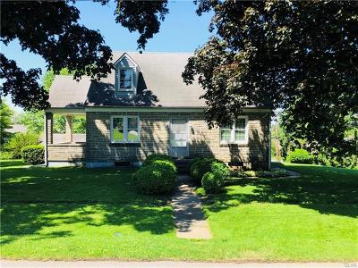 Single Family Home Available: 2073 11th Street