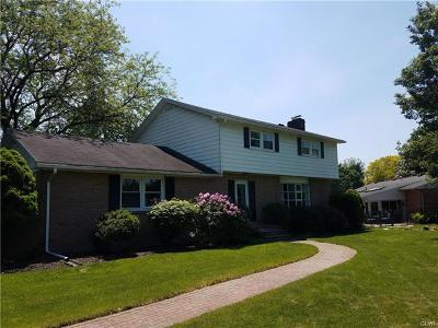 Single Family Home Available: 1571 Longfellow Place