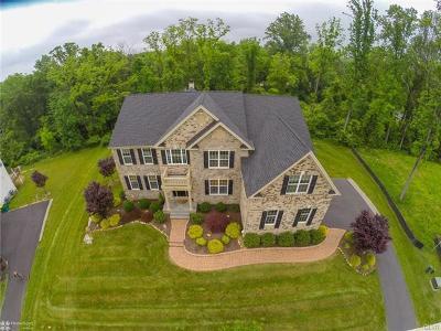 Single Family Home Available: 6311 Fox Glove Lane