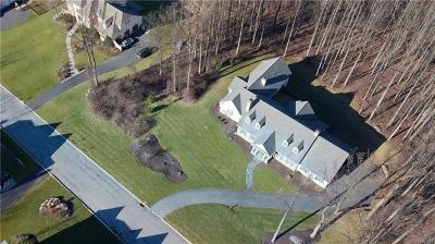 Single Family Home Available: 5485 Saucon Ridge Road