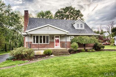 Single Family Home Available: 721 Bushkill Center Road