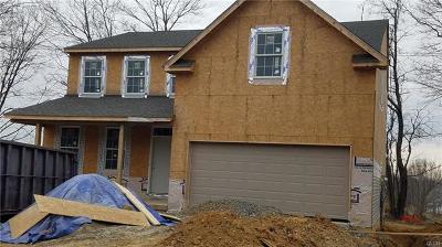 Single Family Home Available: 3 Reid Lane