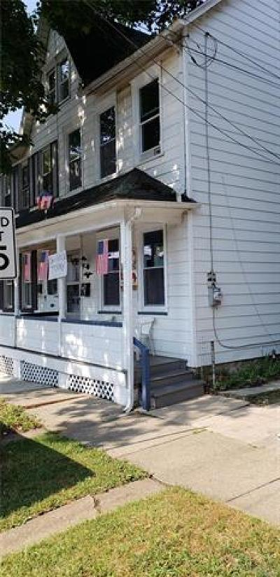 Single Family Home Available: 1407 Center Street