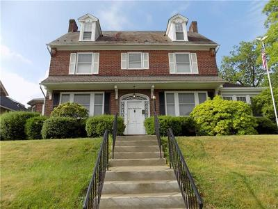 Single Family Home Available: 1527 W Broad Street