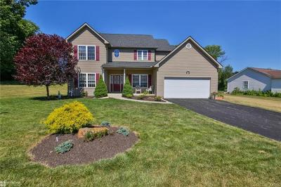 Single Family Home Available: 1447 Greenwood Court