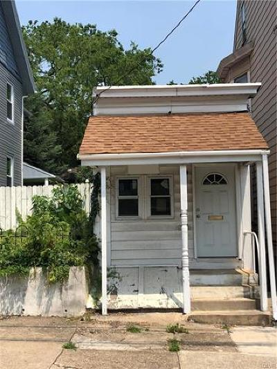 Single Family Home Available: 809 Spring Garden Street