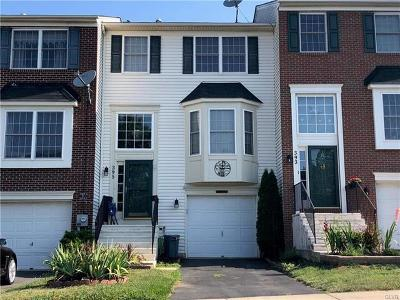 Multi Family Home Available: 395 South Oak Street