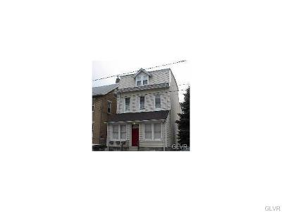 Single Family Home Available: 734 Genesee Street #2