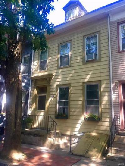 Easton Single Family Home Available: 933 Ferry Street