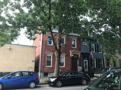 Multi Family Home Available: 937 Ferry Street