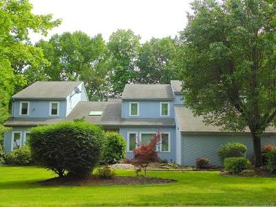Single Family Home Available: 4482 Jamestown Court