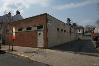 Commercial Available: 733 West Gordon Street