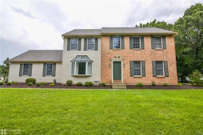Single Family Home Available: 987 Greenleaf Drive