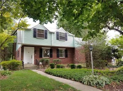 Emmaus Borough Single Family Home Available: 940 Buttonwood Street