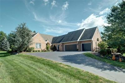 Single Family Home Available: 2600 Gracie Lone