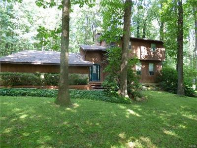 Single Family Home Available: 2619 West Rock Road