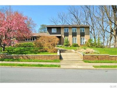 Single Family Home Available: 2421 West Greenleaf Street