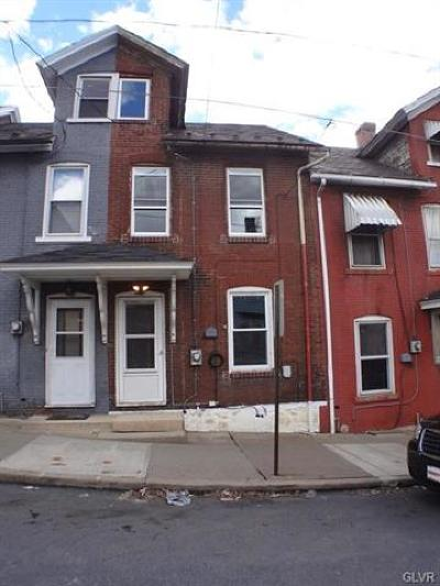 Multi Family Home Available: 524 Hayes Street