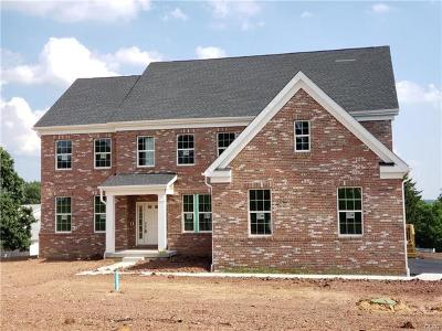 Single Family Home Available: 5880 Saucon Ridge Road