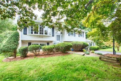 Single Family Home Available: 1985 Mark Twain Circle