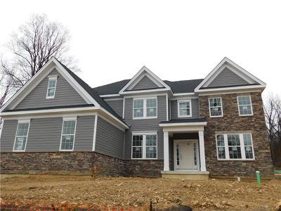 Single Family Home Available: 5670 Saucon Ridge