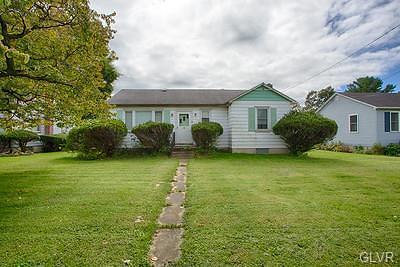 Single Family Home Avail w/Contingency: 2833 Bath Pike