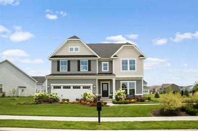 Single Family Home Available: 2464 Raya Way #39