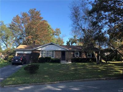 Single Family Home Available: 1049 Debbie Lane