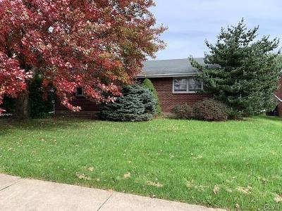 Single Family Home Available: 3338 4th Street